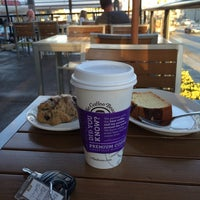 Photo taken at The Coffee Bean & Tea Leaf® by Hamad A. on 9/21/2014