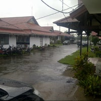 Photo taken at Kantor Bupati Ketapang by Rayhan T. on 12/4/2013