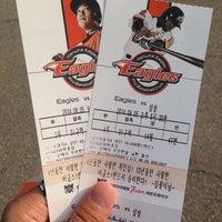 Photo taken at Cheongju Baseball Stadium by subi.. on 8/5/2014