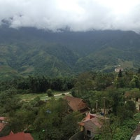 Photo taken at Chau Long Sapa Hotel by Anton I. on 9/20/2014