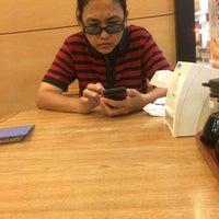 Photo taken at KFC by ขอนแก่นออโต้พาร์ท on 10/16/2014