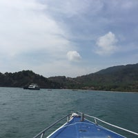 Photo taken at Lanta Marine View by Kom R. on 4/12/2016