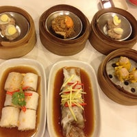 Photo taken at Chokdee Dimsum by Aoy M. on 5/8/2013