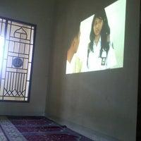 Photo taken at SMA Negeri 21 Makassar by Niningnurhatiya S. on 11/29/2013