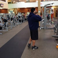 Photo taken at 24 Hour Fitness by Dinesh yadav S. on 5/17/2014