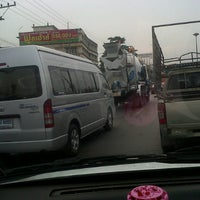 Photo taken at อ้อมน้อย@road by CN_karn k. on 2/2/2013