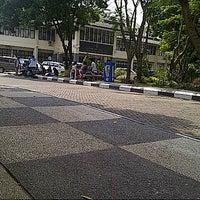 Photo taken at Fakultas Ilmu Komunikasi by Prita G. on 11/5/2012