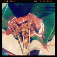 Photo taken at Sate 45 by ayraihanindita on 4/20/2013