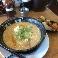 Photo taken at 河童ラーメン本舗 寝屋川店 by よしむねP on 8/22/2015