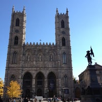 Photo taken at Notre-Dame Basilica of Montréal by Vikki L. on 10/18/2012