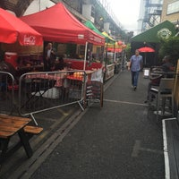 Photo taken at Vauxhall Street Food Garden by Melvin S. on 7/27/2016