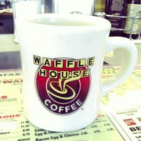 Photo taken at Waffle House by Darron D. on 10/14/2012