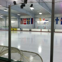 Photo taken at The Gardens Ice House by Bee D. on 12/9/2012
