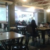 Photo taken at Restoran Singgah Sokmo by Mat_Deris on 2/20/2013