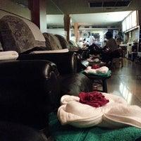 Photo taken at Sabai Thai massage by Dolly V. on 10/14/2013