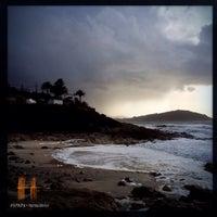 Photo taken at Praia de Fortiñón by HspadA D. on 2/8/2014
