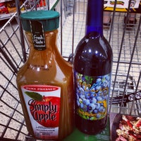 Photo taken at Publix by Julio M. on 1/25/2014