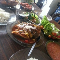 Photo taken at Restoran Minah by Ateyn R. on 8/26/2016