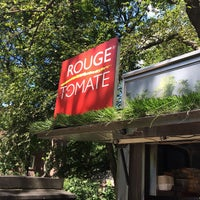 Photo taken at Rouge Tomate Cart by Ray E. on 8/29/2014