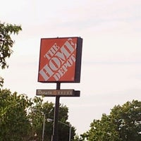 Photo taken at The Home Depot by Raul A. on 5/12/2012
