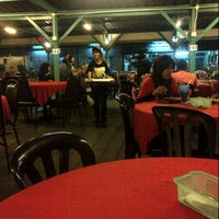Photo taken at Muara Ikan Bakar Tanjung Harapan by PymieSherry I. on 1/20/2013