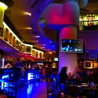 Photo taken at Hard Rock Cafe by MartinDH G. on 5/26/2013