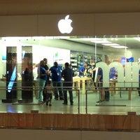 Photo taken at Apple Store, Houston Galleria by Chris O. on 4/17/2013