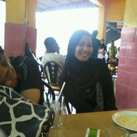Photo taken at Restoran Mirasaa by fazila m. on 11/19/2012