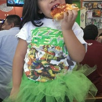 Photo taken at Hacienda Heights Pizza Company by Tess F. on 4/13/2014
