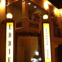 Photo taken at Eddie Fine Burgers by Thiago d. on 4/20/2013