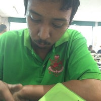 Photo taken at Restoran Mamak Mastiara by Mohd Faizal D. on 10/10/2014