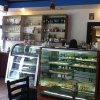 Photo taken at Galluzzo Bistro Cafe by LaReina F. on 5/30/2012