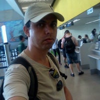 Photo taken at Check-in Webjet by Jackson Fernandes d. on 2/6/2012