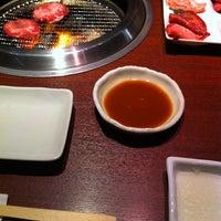 Photo taken at 炭火焼肉 のて 豊中庄内店 by Hajime S. on 8/24/2012