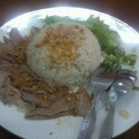 Photo taken at Bihun Bebek Aeng by Melissa O. on 5/18/2012