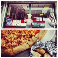 Photo taken at Vinnie's Pizzeria by Connie Z. on 5/21/2012