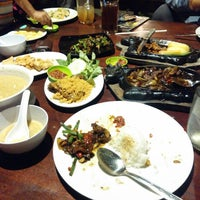 Photo taken at Che-es Resto by Jerry I. on 7/22/2014