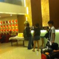 Photo taken at P2 Boutique Hotel Bangkok by Jeremy L. on 11/16/2012