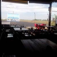 Photo taken at Bar do Aeroporto by Fabio B. on 2/1/2014