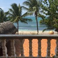 Photo taken at Apo Idon Beach Resort by Jobelle B. on 3/11/2016