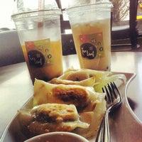 Photo taken at Tea Leaf Cafe by Nick A. on 1/19/2013