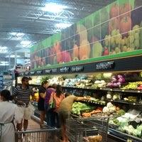 Photo taken at Walmart Libramiento Norte by Alejandro Maximo G. on 6/8/2014