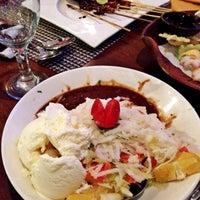 Photo taken at Goela Klapa Restaurant by yp l. on 12/20/2014
