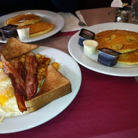 Photo taken at Penny's Diner and Restaurant by Mary Rose J. on 12/24/2012