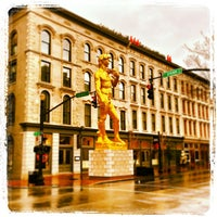 Photo taken at 21c Museum Hotels - Louisville by Kurt M. on 1/13/2013