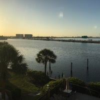 Photo taken at Holiday Inn Express & Suites Tampa/Rocky Point Island by Mike ⛳️ N. on 4/11/2016