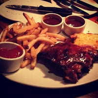 Photo taken at Outback Steakhouse by Phil C. on 9/15/2012