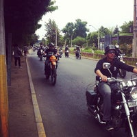 Photo taken at avenida pajarito con avenida las torres by Henry Y. on 12/1/2012