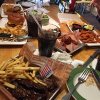 Photo taken at Applebee's by TINE D. on 4/7/2015