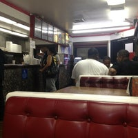 Photo taken at Fabulous Charbroiled Burgers #1 by FW1SHINE .. on 5/24/2013
